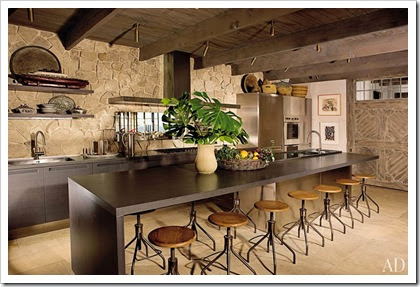 item2.rendition.slideshowWideHorizontal.rustic-kitchens-03