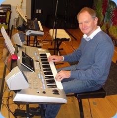 Guest, Dave Hallam, playing Barbara McNab's Yamaha Tyros 4