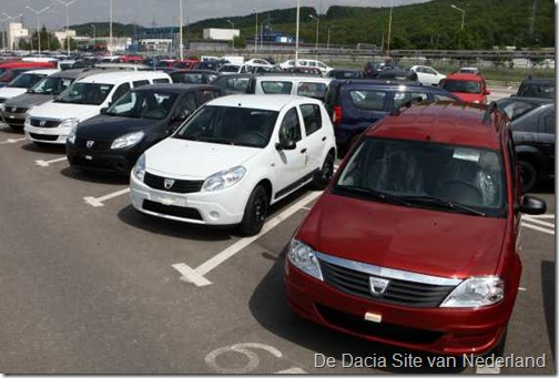 Dacias wachten op transport 03