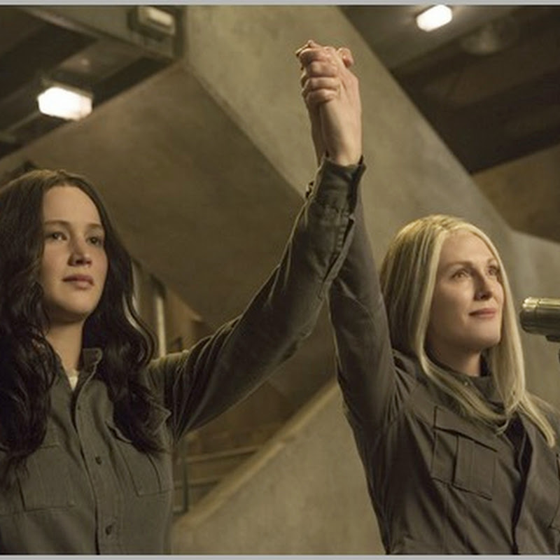 """The Hunger Games – Mockingjay Part 1"" Katniss Continues to Set Fire"