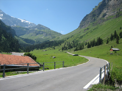 Day 3: Heading up towards the Klausen Pass