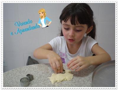 Laura na Cozinha