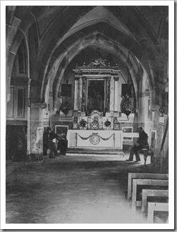 Interior ermita de san Miguel  de Soternes