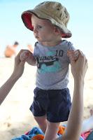 Oscar in beach mode