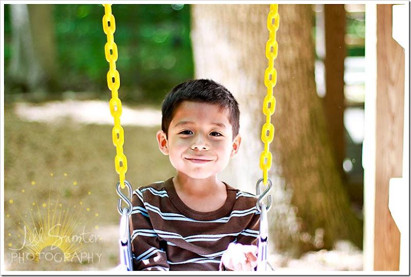 kids-swings-4106
