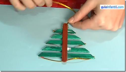 Manualidades navidad rbol hecho con palitos para - Manualidades de navidad para ninos paso a paso ...