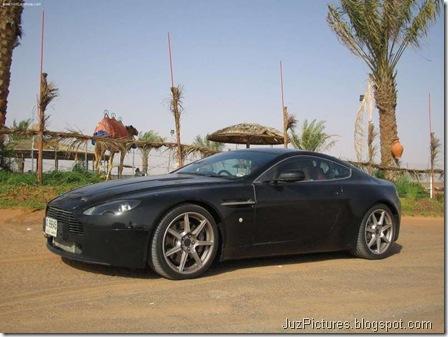 Aston Martin V8 Vantage6