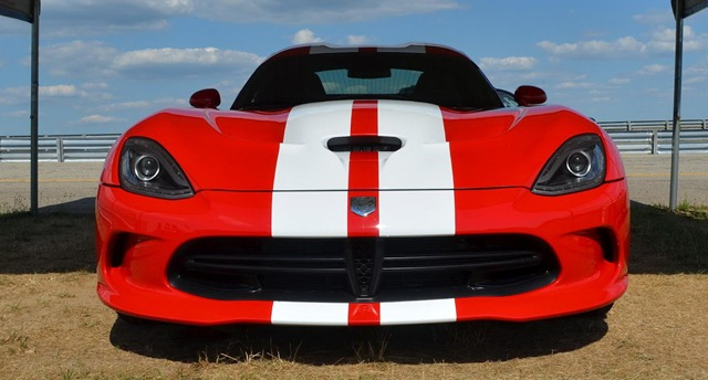 2013-SRT-Viper-Stripes-2
