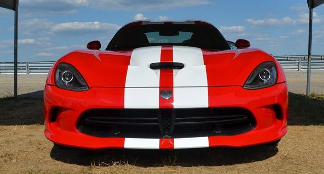 2013-SRT-Viper-Stripes-2