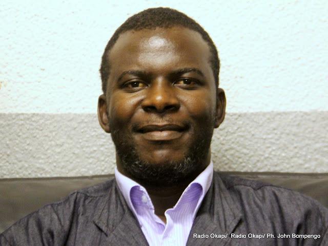 Bienvenu-Marie Bakumanya, Directeur du Desk économie au groupe de presse Le Potentiel. Radio Okapi/ Ph. John Bompengo