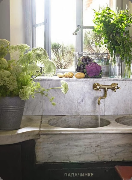home my-paradissi-rustic-kitchen-sinks-Fabrizio-Cicconi-Elle-Decoration my paradissi