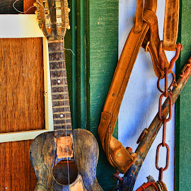 Just Sittin Around! by Fred Herring - Artistic Objects Musical Instruments