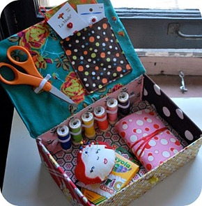 children's sewing kit2 inside 2