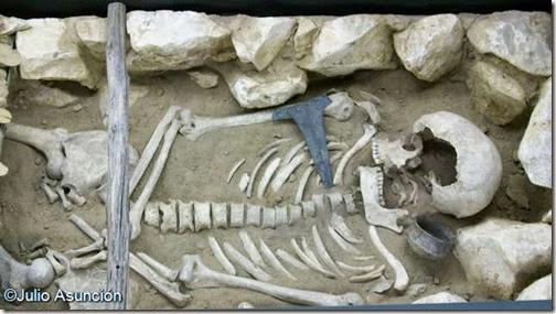 El Tabayá - enterramiento en cista de un personaje prominente