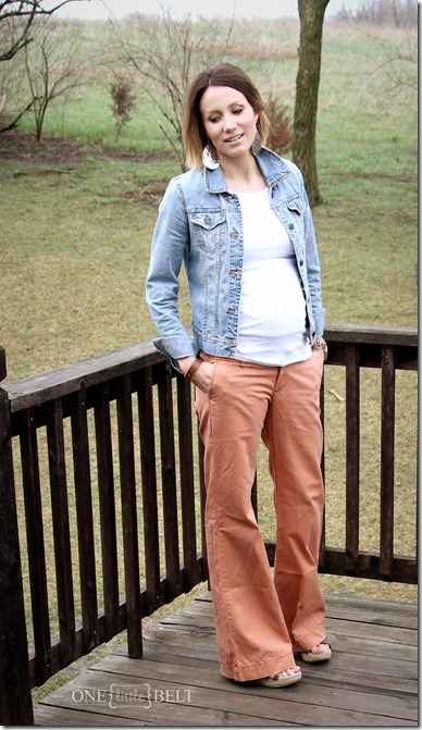 denim-jacket-maternity-style