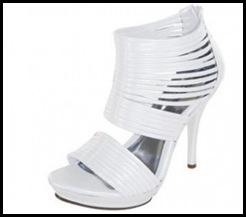 Preciosos-zapatos-de-novia-en-color-blanco-300x264