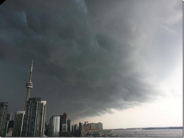 toromto-storm-20130708
