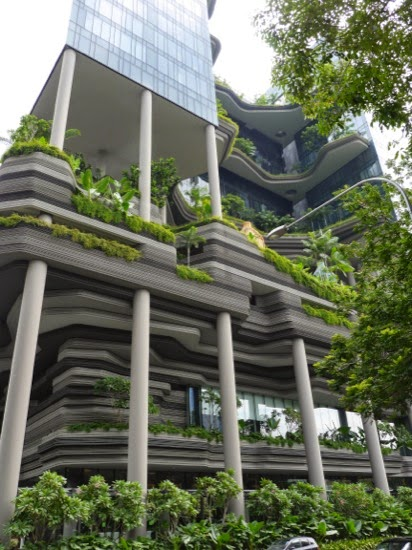 The hanging gardens/stacked paper building