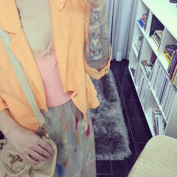 look blazer laranja
