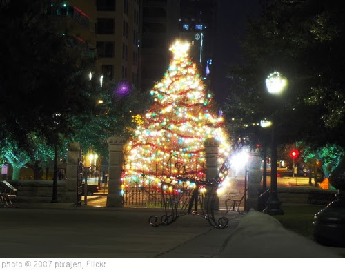 'christmas in austin' photo (c) 2007, pixajen - license: http://creativecommons.org/licenses/by/2.0/