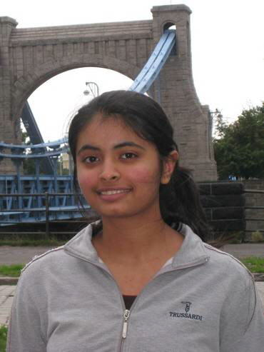 Aakanksha Sarda : First Indian girl to win a gold at Physics Olympiad