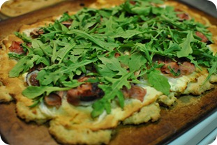 fig pizza with arugula