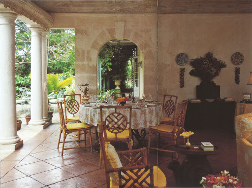 The open central loggia at Cockade shows Messel's sensitivity to harmonized indoor and outdoor living.