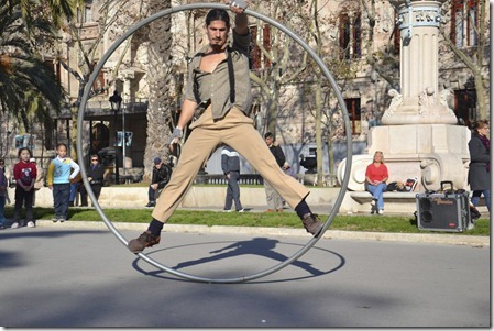 Sentosa Buskers Festival_Cry Wheel - Mr Dyvinetz