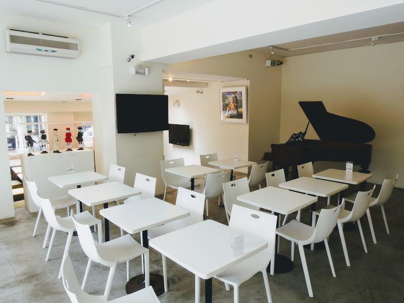 一進入 Okey Dokey Gallery & Cafe 的主要座位區.jpg