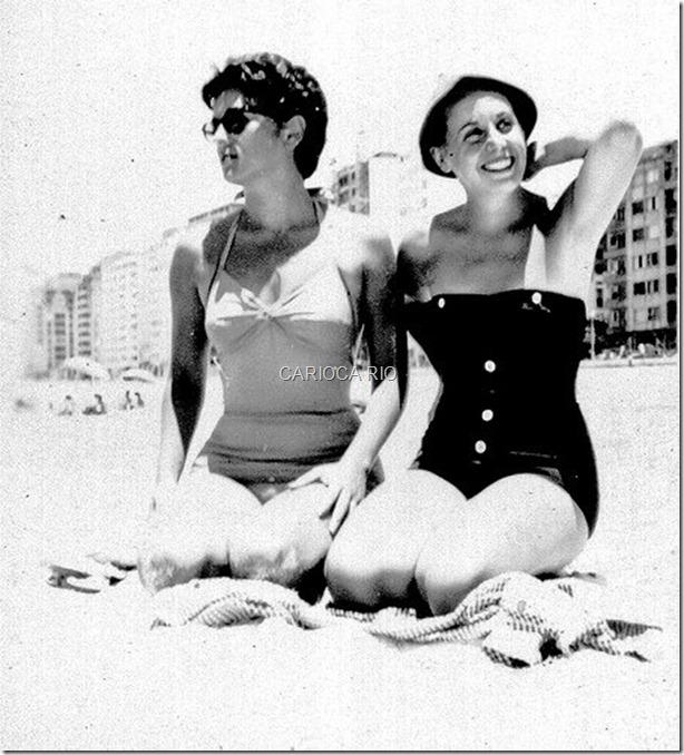 Banhistas na Praia de Copacabana - Anos 50