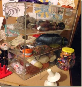 Acrylic yarn box
