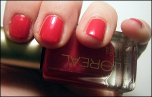 L'Oreal Devil Wears Red Swatch