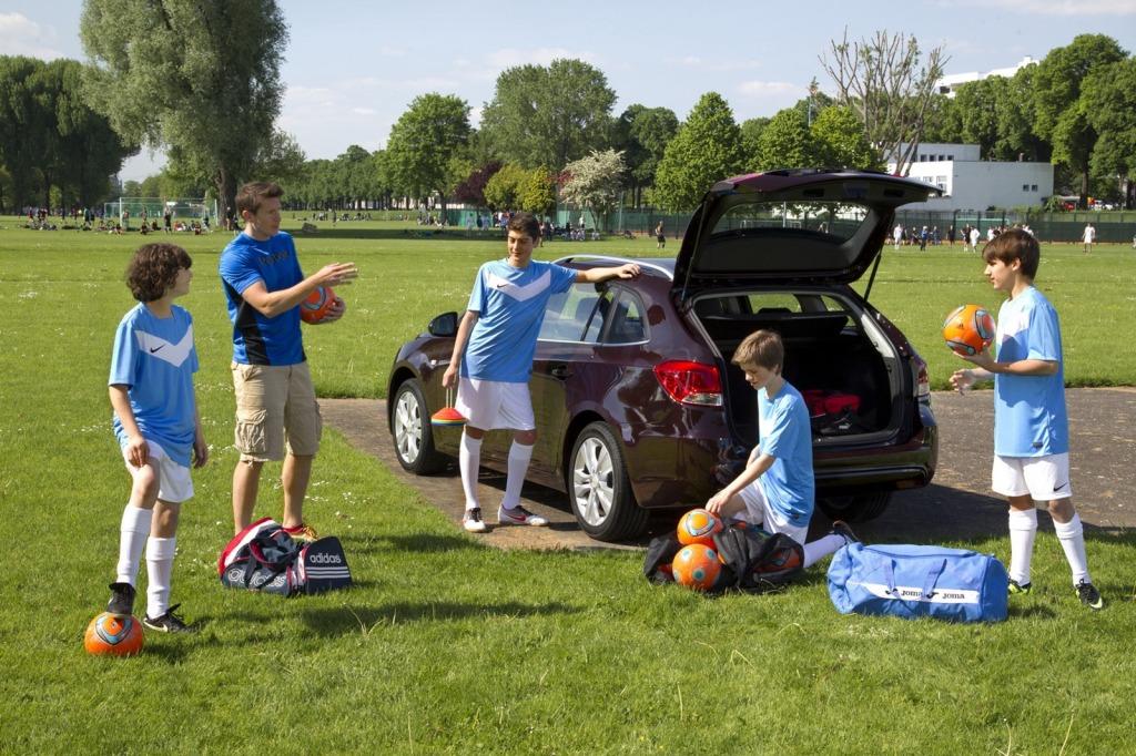 2013-Chevrolet-Cruze-Facelift-22.jpg?imgmax=1800