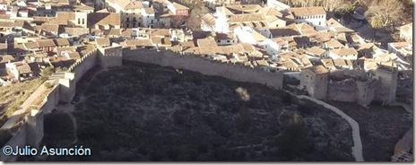 Muralla de Játiva vista desde el castillo