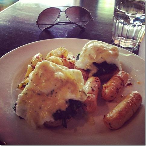 eggs benedict at basilico