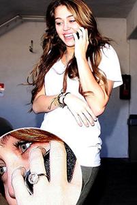 Miley Cyrus Diamond Ring