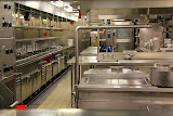 This Spotless Kitchen Will Make 9000 Meals Every Day - Celebrity Summit