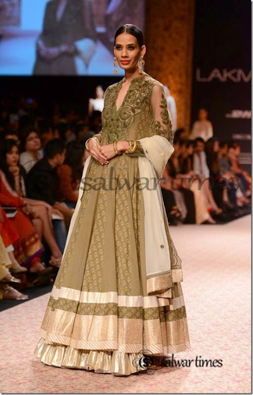 Ritu_Kumar_Lakme_Fashion_Week_2013 (10)