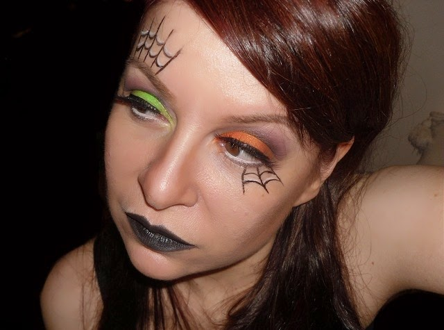 04-halloween-web-witch-makeup-look