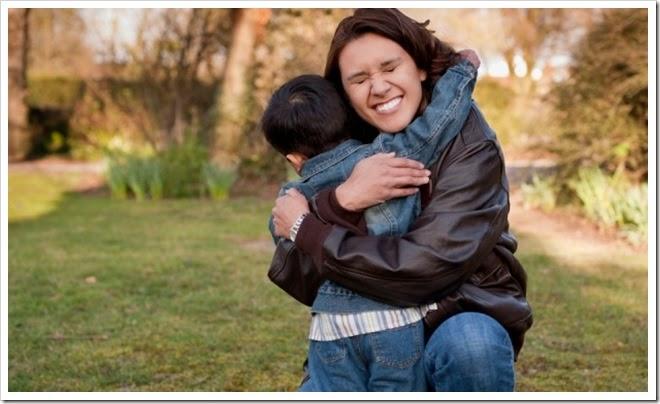 Abraço de mãe
