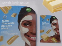 01-superdrug-face-mask-white-chocolate-mousse-review_thumb[2]
