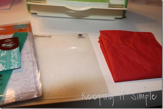 tissue paper pom pom (2)