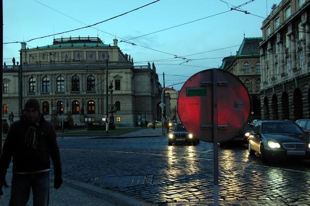 "Taken at Latitude/Longitude:50.088806/14.415616. 0.39 km West Star?M?sto Hlavn?Mesto Praha Czech Republic <a href=""http://www.geonames.org/maps/google_50.088806_14.415616.html""> (Map link)</a>"