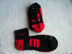nike basketball elite lebron socks blackred 3 01 Matching Nike Basketball Elite Socks for LeBron 9 Miami Vice