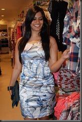 telugu-actress-varalakshmi-sarathkumar-hot-pic1