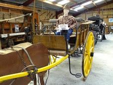 2014.08.24-017 voiture à cheval pour aller au marché