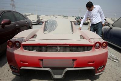 Dubai Ferrai Enzo
