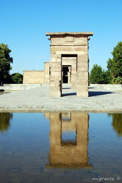arco tras arco - templo de debod - madrid