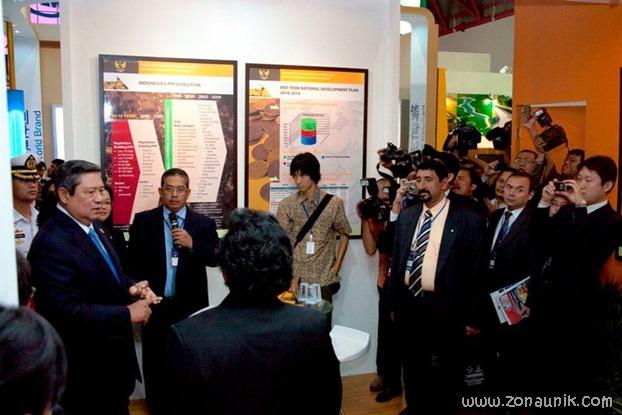 foto keseharian Presiden Indonesia Susilo Bambang Yudhoyono (40)