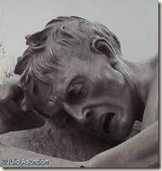Hombre exhausto - Los portadores de la antorcha